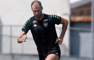 Saída de Carli pode significar economia de R$ 9 milhões ao Botafogo em salários e encargos