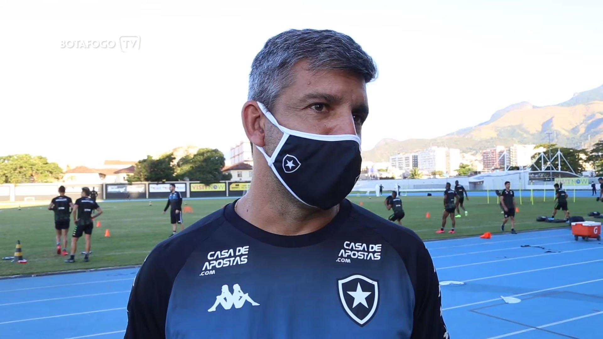 Marcos Soares, técnico do sub-20 do Botafogo, em entrevista à Botafogo TV