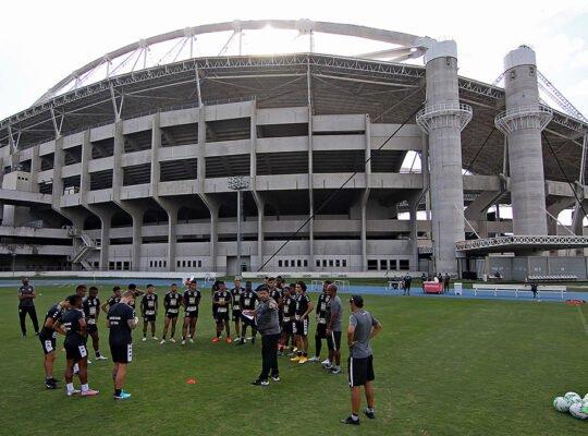 Botafogo já planeja temporada 2021 com Série B, sem S/A e pouco dinheiro; déficit pode chegar a R$ 130 milhões