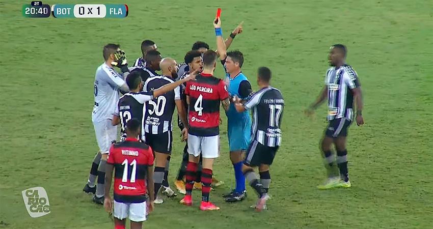 Árbitro Maurício Machado Coelho Junior expulsa Kanu em Botafogo x Flamengo | Campeonato Carioca 2021
