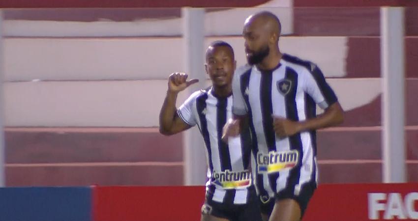 Guilherme Santos e Chay em Vila Nova x Botafogo | Série B do Campeonato Brasileiro 2021