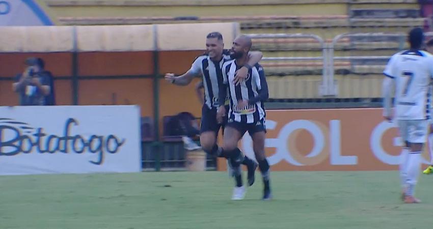 Chay e Rafael Navarro em Botafogo x Remo   Série B do Campeonato Brasileiro 2021