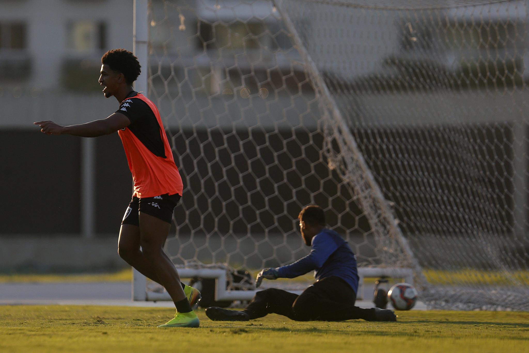 Warley - Treino do Botafogo