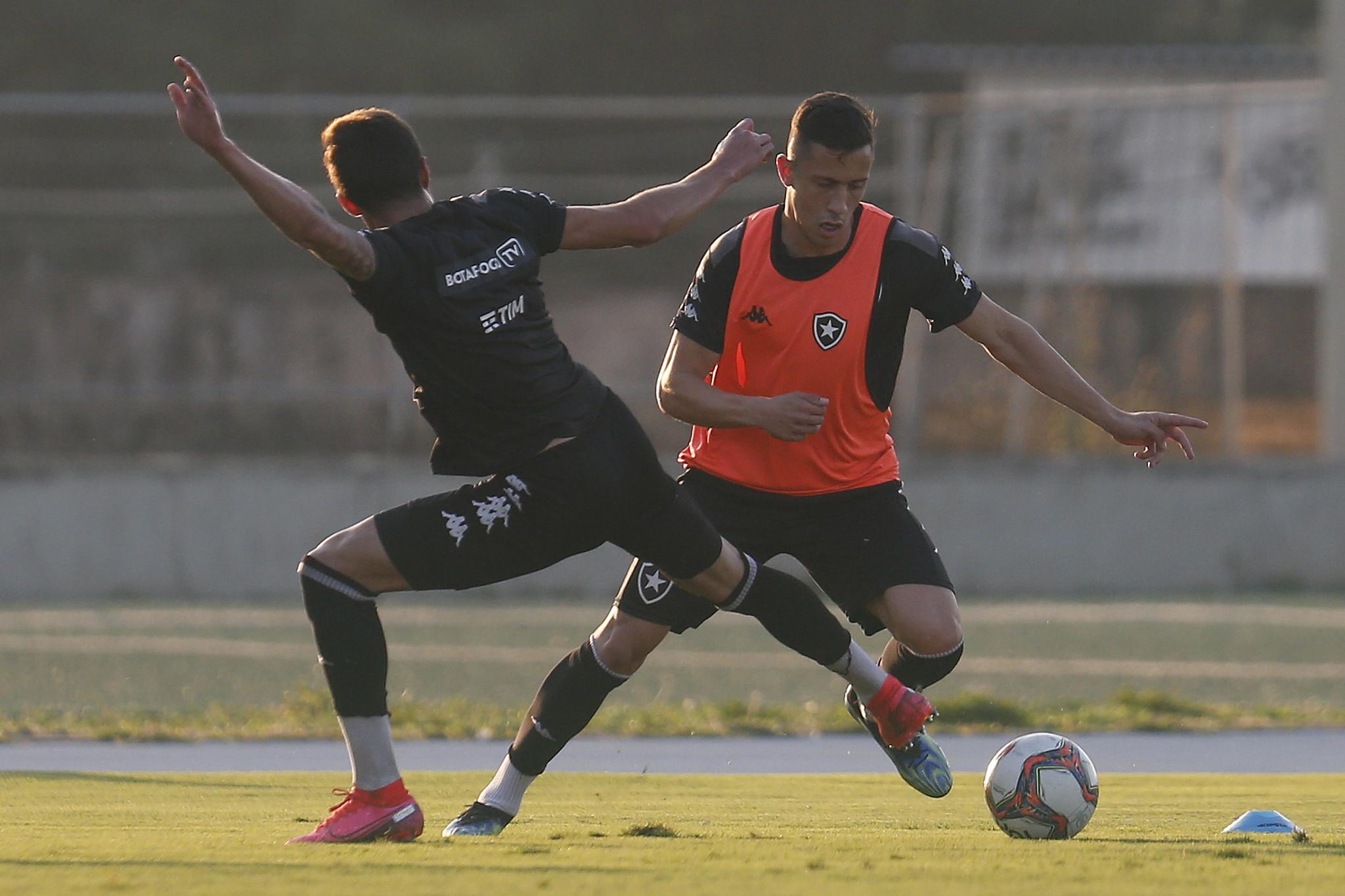 Matheus Frizzo - Treino do Botafogo