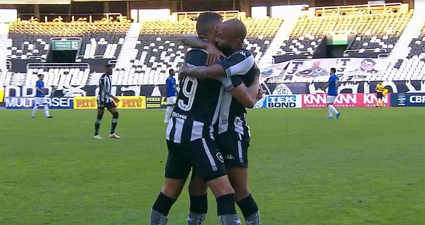 Rafael Navarro e Chay em Botafogo x Cruzeiro | Série B do Campeonato Brasileiro