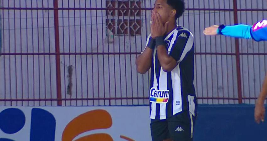 Warley em Brusque x Botafogo | Série B do Campeonato Brasileiro 2021