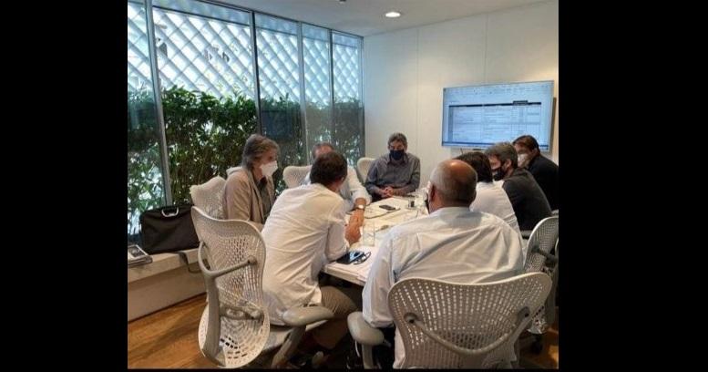 Botafogo tem reunião com irmãos Moreira Salles por CT